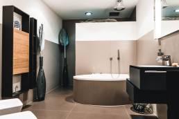 Wir sind Ihr kompetenter Partner bei der Badsanierung – lassen Sie sich auf unserer Badausstellung in der Nähe von Siegen beraten.